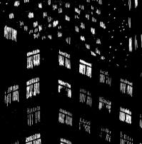 """Gaspar MINERON - graphiste / illustrateur /La carte à gratter comme moyen d'expression. C'est une technique qui appelle l'utilisation du blanc pour faire ressortir une forme de la masse noire. Mais avant de se jeter dans le grattage de la carte, il faut au préalable monter les fondations de son sujet, faire des esquisses, préparer le terrain.""""Noctambules"""" est une création faite pour le Rossignolet. C'est un paysage urbain onirique perdu dans la nuit, une confrontation entre la nature et l'artificielle. gasparmineron.com"""